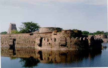 Vellore Fort Thechennai Tourist Places